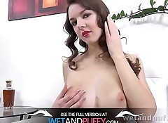 Wetandpuffy - Curly Rebeca - Masturbation
