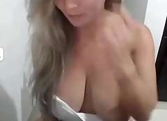 BLOND BIG TITS