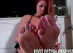 Worship my perfect feet you little bitch