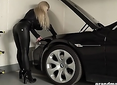 Horny blonde GILF gets fucked in a car parking garage